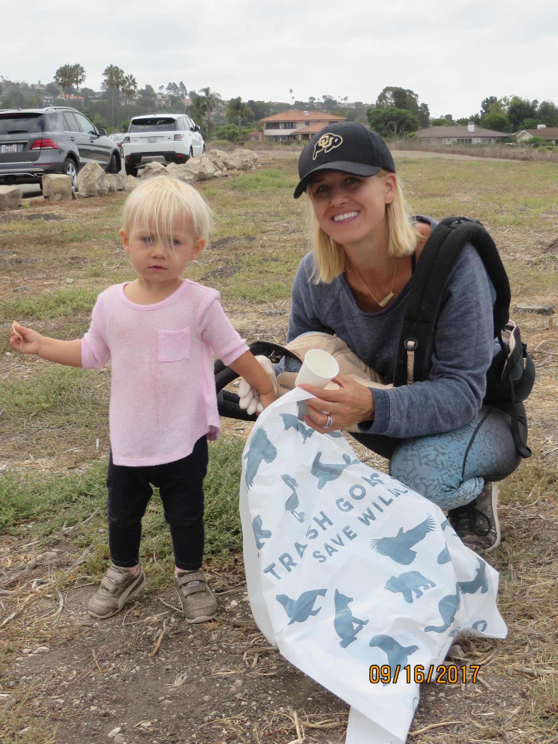 Beach Clean-up 9-16-17 (41)