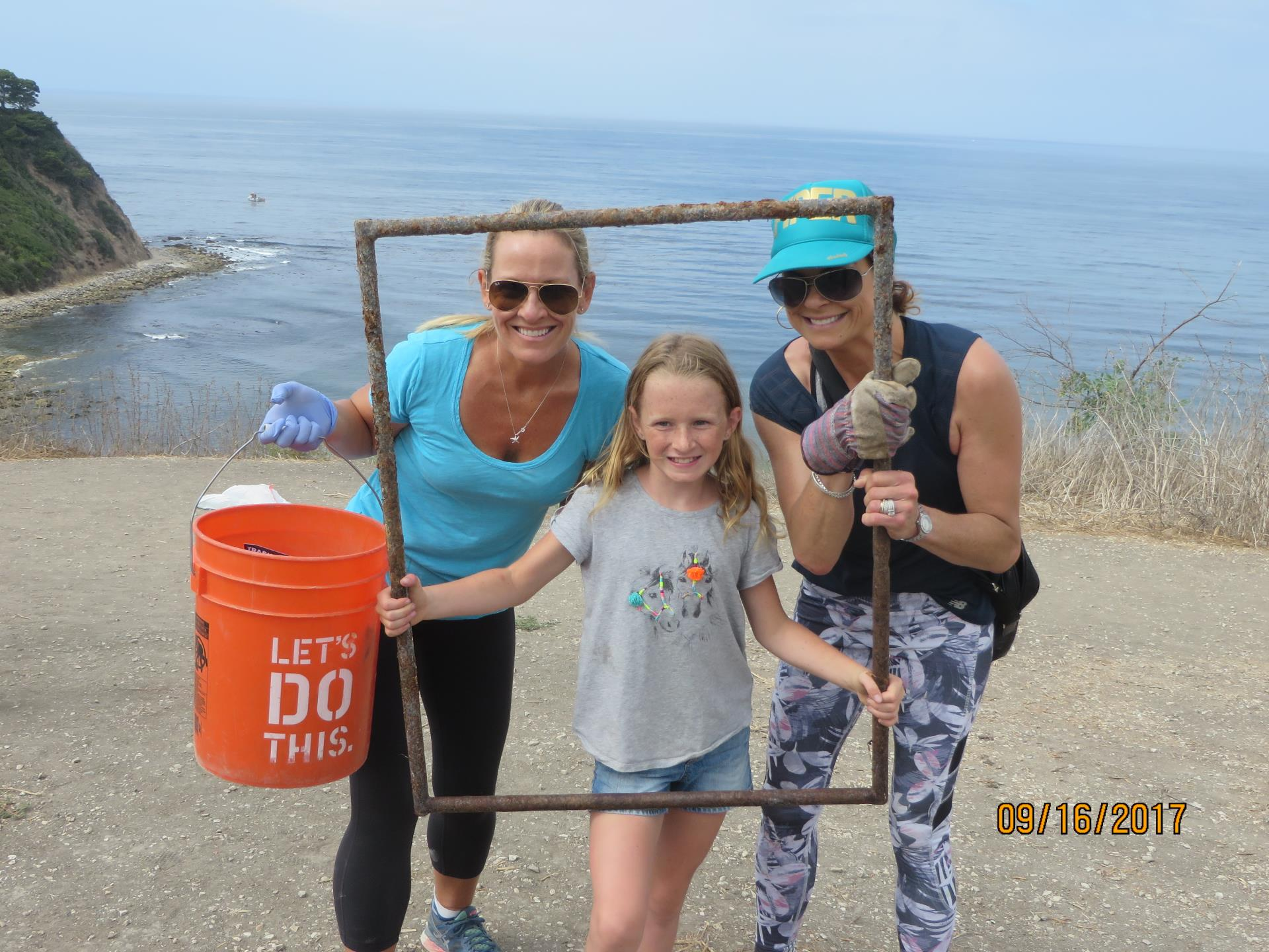 Beach Clean-up 9-16-17 (58)